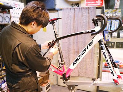 自転車工房JUNでは販売した全ての自転車すべて定期点検永久無料!